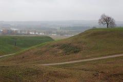 Valle de Pajauta en Kernave Fotos de archivo libres de regalías
