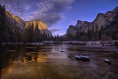 Valle de Yosemite en la opinión del túnel Foto de archivo libre de regalías