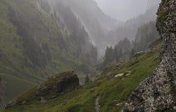 Valle debajo de las fuertes lluvias foto de archivo
