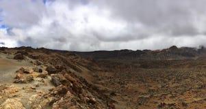 Valle del desierto en panorama del paisaje de la montaña Fotografía de archivo