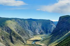 Valle del fiume di Chulyshman Repubblica di Altai La Russia Fotografia Stock