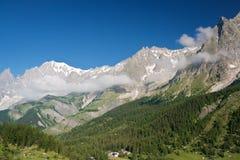 Valle del furetto e mont Blanc Immagine Stock