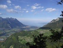 Valle del lago Lemán Imagen de archivo