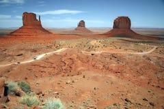 Valle del monumento, barranco del desierto en Utah, los E.E.U.U. Foto de archivo libre de regalías