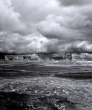 Valle del monumento dei cieli nuvolosi fotografie stock libere da diritti
