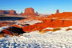 Valle del monumento en la nieve Fotos de archivo libres de regalías