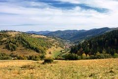 Valle del otoño Imágenes de archivo libres de regalías