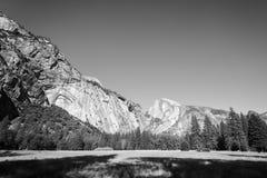 Valle del Yosemite alla vista del traforo Fotografia Stock