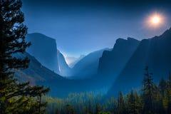 Valle del Yosemite, sosta nazionale del Yosemite fotografie stock libere da diritti