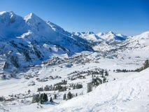 Valle della località di soggiorno di inverno di Obertauern Immagini Stock