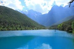 Valle della luna blu, Lijiang, Cina Fotografie Stock Libere da Diritti