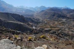 Valle della montagna in autunno Immagini Stock Libere da Diritti