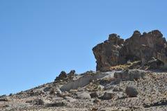 Valle della montagna conosciuta per le pitture di caverna antiche con le immagini degli animali fotografie stock libere da diritti