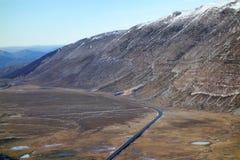 Valle della strada della via della montagna Fotografia Stock Libera da Diritti