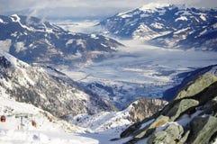 Valle delle alpi da sopra Immagini Stock Libere da Diritti