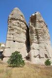 Valle di amore nel villaggio di Goreme, Turchia Paesaggio rurale di Cappadocia Case di pietra in Goreme, Cappadocia Fotografia Stock Libera da Diritti