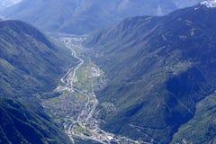 Valle di Mesolcina vicino all'antenna di san Vittore, Svizzera Fotografia Stock