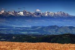 Valle di Popras e più alti picchi di alto Tatras, Slovacchia Fotografia Stock