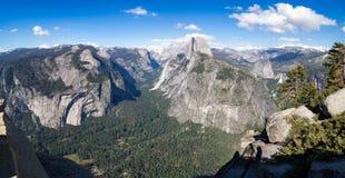 Valle di Yosemite dal punto del ghiacciaio Fotografia Stock Libera da Diritti