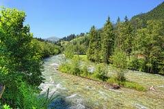Valle di Zillertal in alpi europee Austria nell'ora legale Immagini Stock