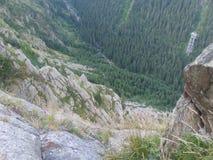 Valle enorme sulla strada della montagna di Transfagarasan Fotografia Stock Libera da Diritti
