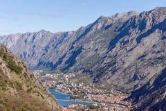 Valle fra le alte montagne montenegro Fotografia Stock Libera da Diritti