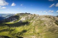 Valle hermoso de la montaña Fotografía de archivo libre de regalías