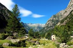 Valle italiana delle alpi di estate Fotografia Stock Libera da Diritti