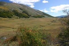 Valle luminosa in autunno Immagini Stock Libere da Diritti