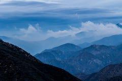 Valle nebbiosa Fotografia Stock