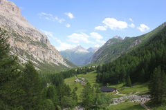 Valle nella montagna Fotografia Stock