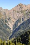 Valle nelle alpi austriache di estate un giorno soleggiato Fotografie Stock