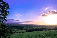 Valle País de Gales de la opinión de la puesta del sol del paisaje Fotos de archivo