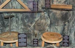 Valle Ridanna de Ridnaun en el Tyrol del sur, Italia - pueden 27,2017: pasillo interior del museo del sur de la explotación miner Fotografía de archivo libre de regalías