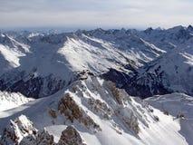 Vallei in Alpen Stock Foto