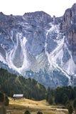 Vallei in de dolomietalpen Royalty-vrije Stock Foto's