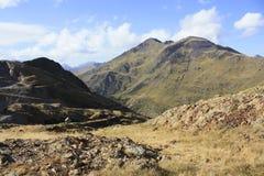 Vallei op manier aan Urdiceto meer, de Pyreneeën Stock Fotografie