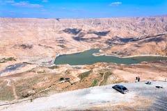 Vallei van Al Mujib van de Wadi rivier en dam, Jordanië Stock Foto's