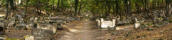 Vallei van Josaphat in de Krim Karaitebegraafplaats, minstens 5.000 t royalty-vrije stock afbeeldingen