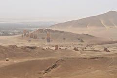 Vallei van Torens van Graven Ruïnes van de oude stad van Palmyra royalty-vrije stock afbeelding