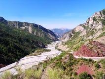 Vallei van Var rivier in de Provence/Frankrijk Stock Afbeeldingen