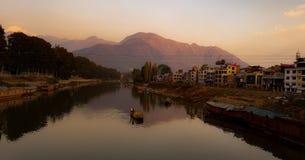 Valleien van Kashmir royalty-vrije stock afbeeldingen