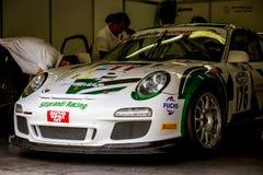 Vallelunga, Italie le 24 septembre 2017 Emballage de la voiture de Porsche dans le p Images stock