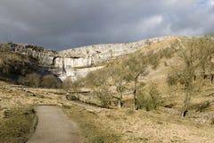 Valles de Yorkshire de la ensenada de Malham Foto de archivo
