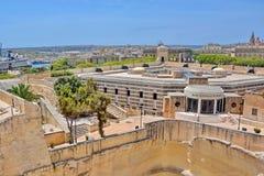 Valleta, Malta - banco central imagen de archivo libre de regalías