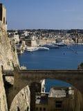 Valletta-Abzugsgraben und Brücke Stockbild
