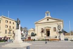 VALLETTA, MALTA AM 2. AUGUST 2016 Börsegebäude und -quadrat Maltas Lizenzfreie Stockbilder