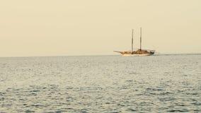Valletta Malta 07 02 2016 Dagligt kryssningskepp i medelhavet av kusten av den Malta ön lager videofilmer