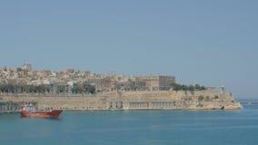 Valletta Malta Juli 4, 2016 Fartyg och skepp i port stock video