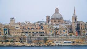 VALLETTA - MALTA: Mening van Valletta Valletta - het Italiaanse woord voor Kleine vallei is de hoofdstad van Malta Royalty-vrije Stock Afbeeldingen